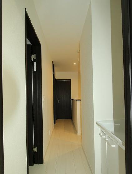 S2階廊下