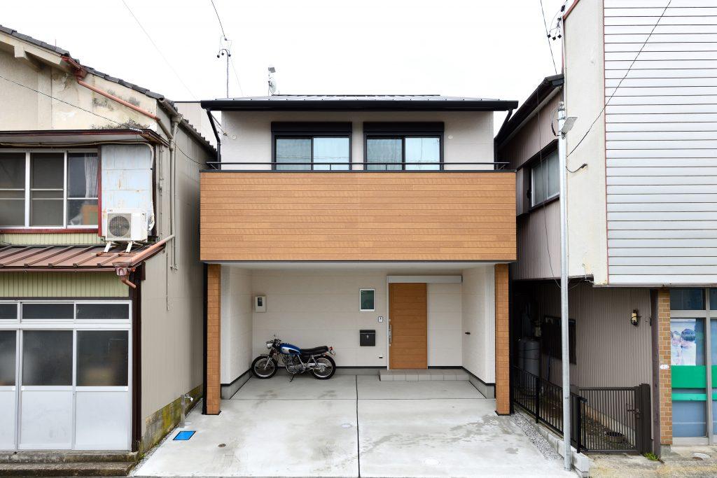 美しい間取りと充実の収納を実現した家